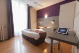royal-hotel-382